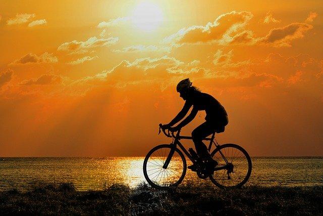 Comment bien choisir son vélo de course?
